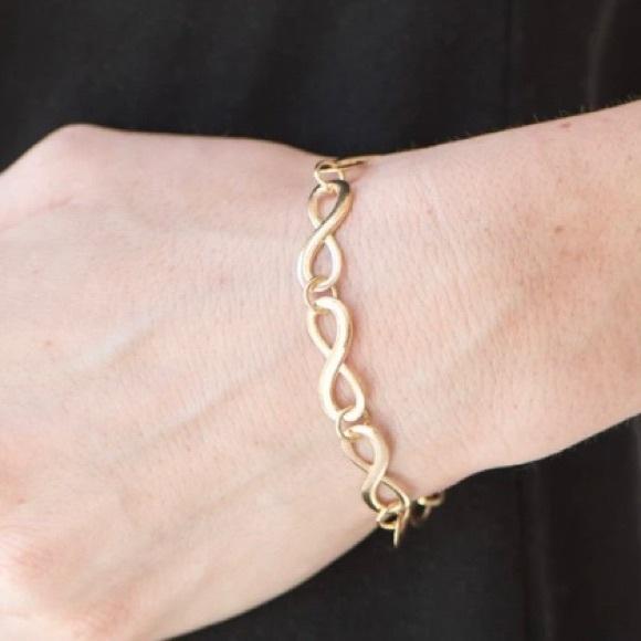 3/$20 Paparazzi Time Gold Infinity Bracelet